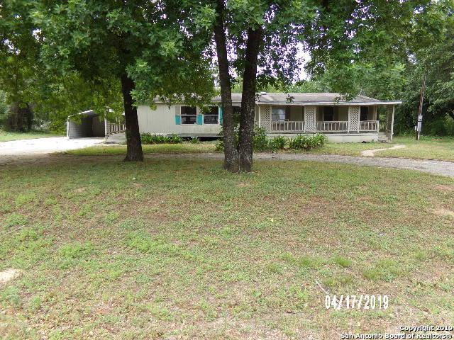 23103 Silver Chalice, Elmendorf, TX 78112 (MLS #1381424) :: Erin Caraway Group