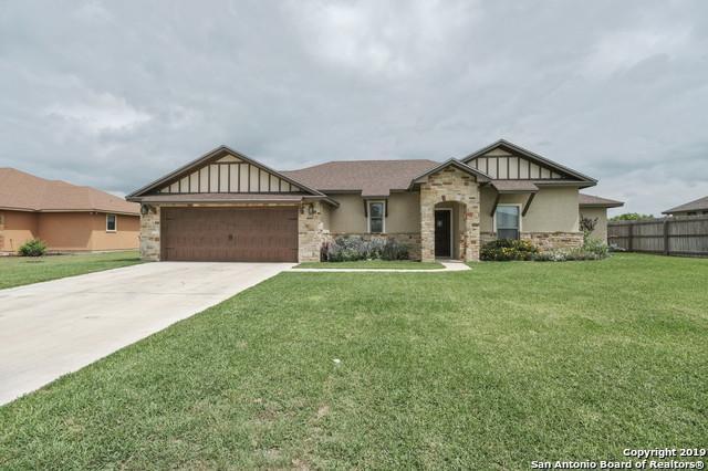 1752 Vista View Dr, Pleasanton, TX 78064 (MLS #1381540) :: Glover Homes & Land Group