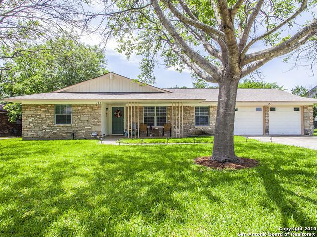 125 Bluet Ln, Castle Hills, TX 78213 (MLS #1381871) :: Alexis Weigand Real Estate Group