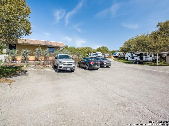 15720 Bandera Rd, Helotes, TX 78023 (MLS #1381928) :: Alexis Weigand Real Estate Group
