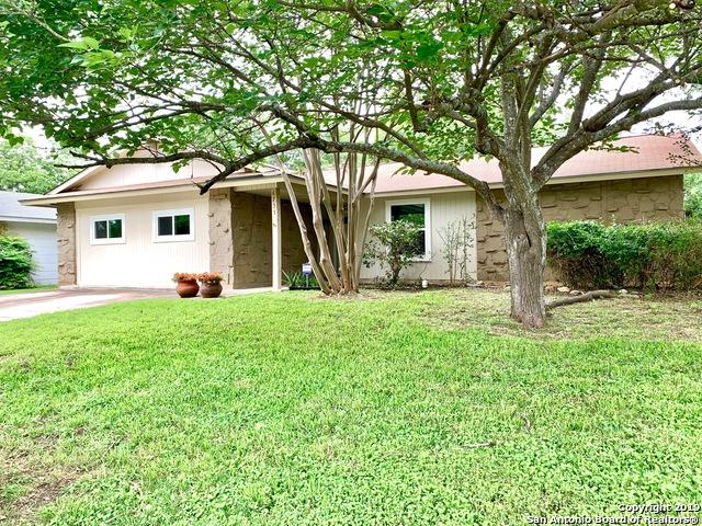 6731 Spring Rose St, San Antonio, TX 78249 (MLS #1381966) :: Alexis Weigand Real Estate Group