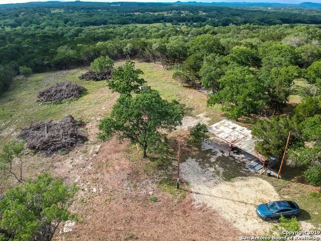 607 Oak Ridge Trail, Pipe Creek, TX 78063 (MLS #1382113) :: Santos and Sandberg