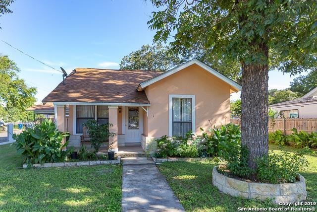 301 Hugo St, Kerrville, TX 78028 (MLS #1382604) :: Glover Homes & Land Group