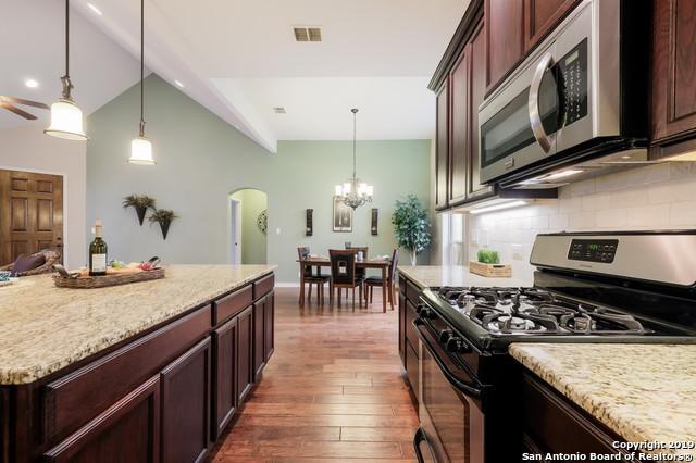 2125 Pecan Leaf, New Braunfels, TX 78130 (MLS #1382627) :: Tom White Group