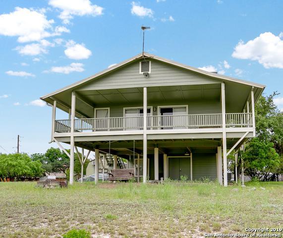 754 Park Shrs, Canyon Lake, TX 78133 (MLS #1382630) :: Erin Caraway Group