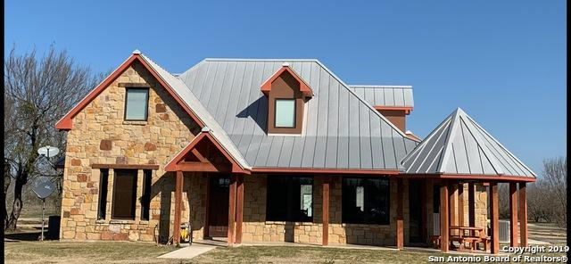 1540 Fm 1049, Knippa, TX 78870 (MLS #1383124) :: Alexis Weigand Real Estate Group