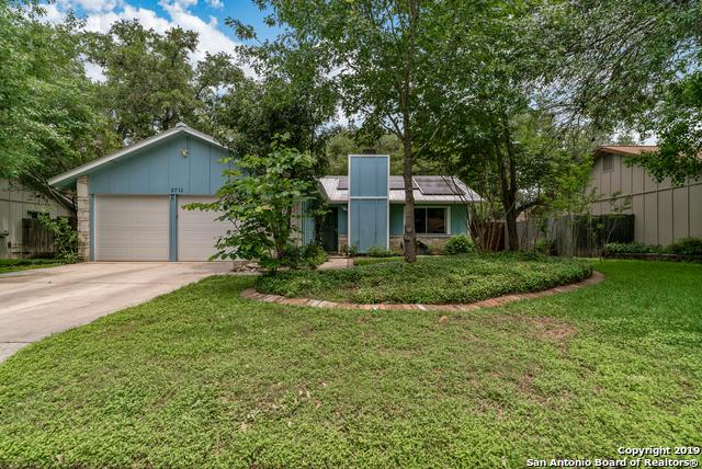 2711 Floral Way Dr, San Antonio, TX 78247 (MLS #1383235) :: Tom White Group