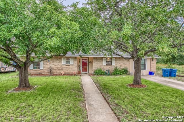 527 Low Meadow Dr, Pleasanton, TX 78064 (MLS #1383328) :: Glover Homes & Land Group