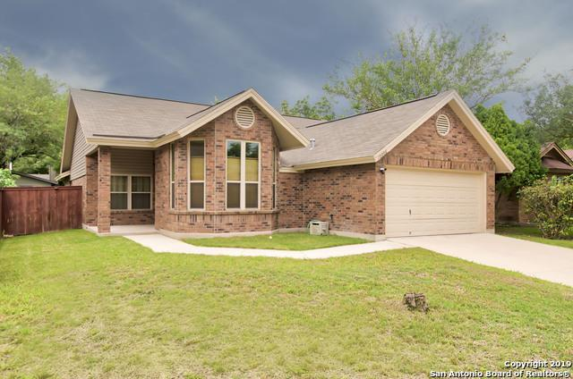 10006 Raven Field Dr, San Antonio, TX 78245 (MLS #1383513) :: Berkshire Hathaway HomeServices Don Johnson, REALTORS®