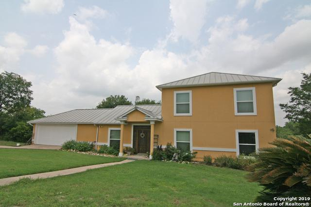 105 River Trl, Castroville, TX 78009 (#1383565) :: The Perry Henderson Group at Berkshire Hathaway Texas Realty