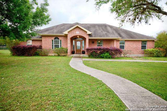 255 Texas Country Dr, New Braunfels, TX 78132 (MLS #1383582) :: Alexis Weigand Real Estate Group