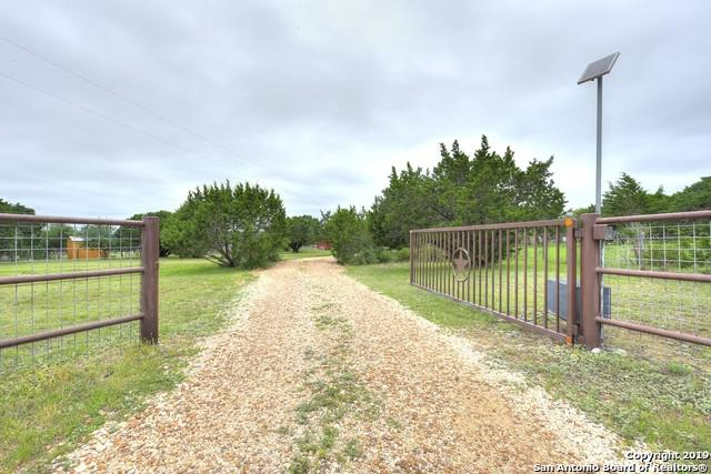 341 Medina Hills Rd, Medina, TX 78055 (MLS #1383658) :: Glover Homes & Land Group