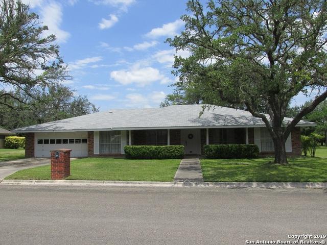1204 Acorn Rd, Hondo, TX 78861 (MLS #1383703) :: BHGRE HomeCity