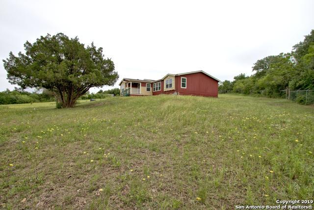200 Rocky Rd, Lockhart, TX 78644 (MLS #1383799) :: Tom White Group