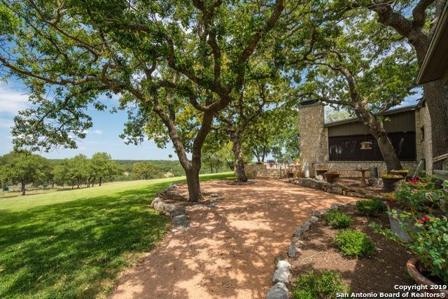 5261-B Highway 39, Hunt, TX 78024 (MLS #1383930) :: BHGRE HomeCity