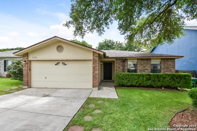 9318 Bendell, San Antonio, TX 78250 (MLS #1383984) :: Erin Caraway Group