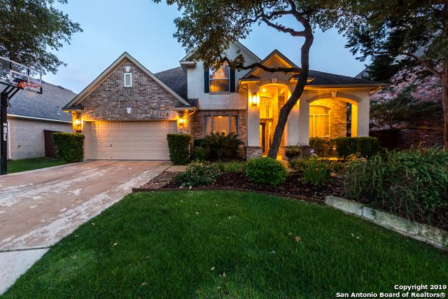 3422 Hilldale Pt, San Antonio, TX 78261 (MLS #1384056) :: Alexis Weigand Real Estate Group