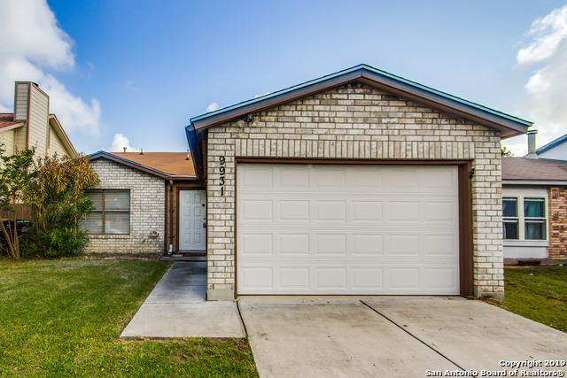 9931 Echo Plain Dr, San Antonio, TX 78245 (MLS #1384103) :: Berkshire Hathaway HomeServices Don Johnson, REALTORS®