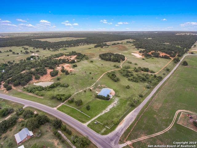 13440 Fm 539, La Vernia, TX 78121 (MLS #1384513) :: Glover Homes & Land Group