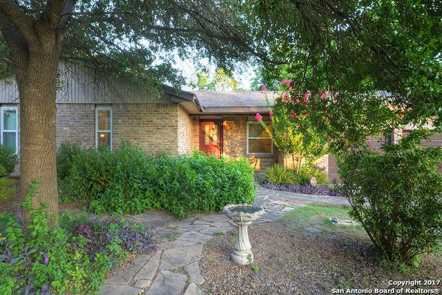 1220 River Acres Dr, New Braunfels, TX 78130 (MLS #1384657) :: Alexis Weigand Real Estate Group