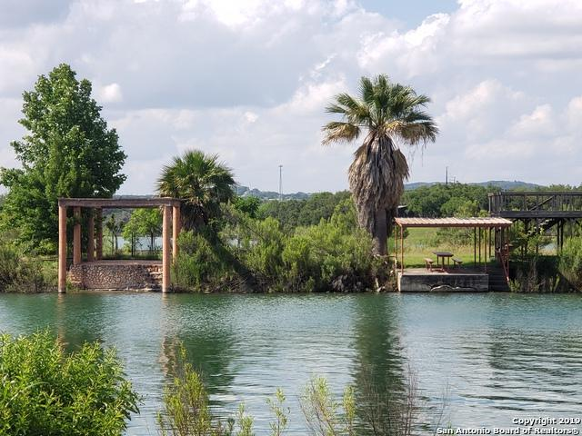 LOT 79 Harbour Crest, Lakehills, TX 78063 (MLS #1384685) :: The Gradiz Group