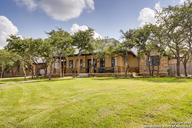 135 Bentwood Dr, Spring Branch, TX 78070 (MLS #1384853) :: The Gradiz Group