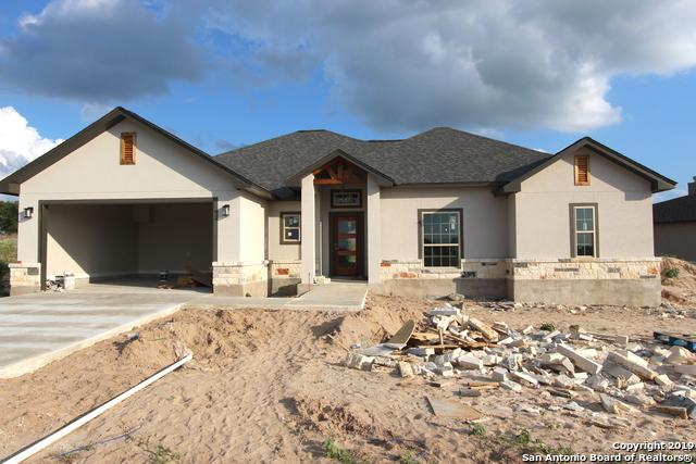 114 Las Palomas Dr, La Vernia, TX 78121 (MLS #1384881) :: Glover Homes & Land Group