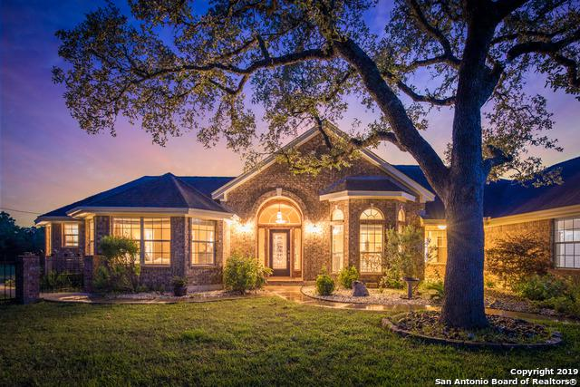 150 Summer Glen Ln, New Braunfels, TX 78132 (MLS #1385010) :: Berkshire Hathaway HomeServices Don Johnson, REALTORS®