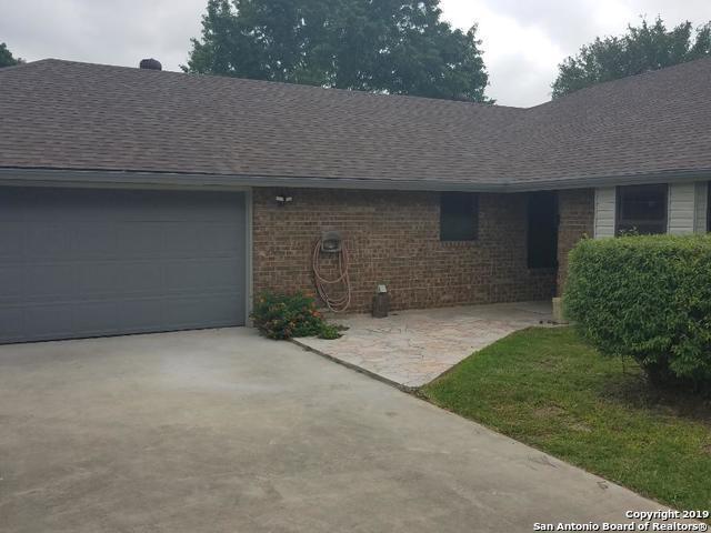 7619 Triple Wood, China Grove, TX 78263 (MLS #1385045) :: Berkshire Hathaway HomeServices Don Johnson, REALTORS®