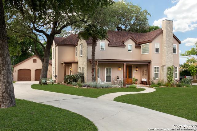 214 W Hosack St, Boerne, TX 78006 (MLS #1385052) :: Berkshire Hathaway HomeServices Don Johnson, REALTORS®