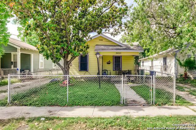 2405 W Cesar E Chavez Blvd, San Antonio, TX 78207 (MLS #1385060) :: The Gradiz Group