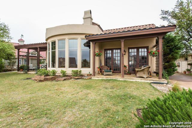 407 Hannah Ln, Boerne, TX 78006 (MLS #1385077) :: Reyes Signature Properties