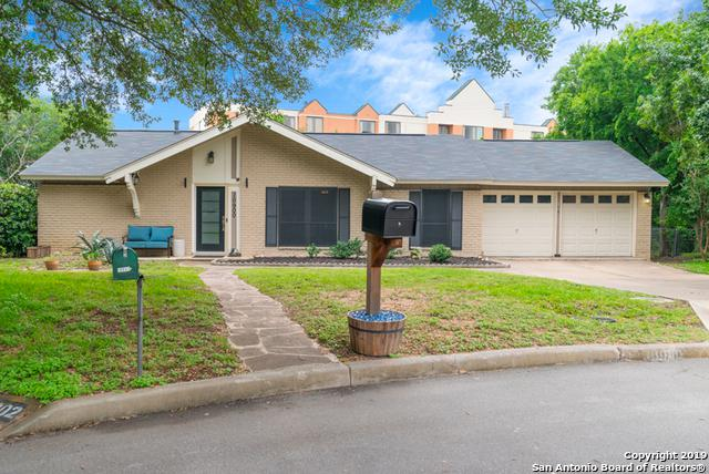10900 Brocks Gap St, San Antonio, TX 78230 (MLS #1385108) :: Berkshire Hathaway HomeServices Don Johnson, REALTORS®
