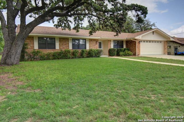 107 Sherwood Ln, Kerrville, TX 78028 (MLS #1385131) :: Glover Homes & Land Group