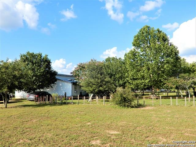 416 Holly Lane, Sutherland Springs, TX 78161 (MLS #1385158) :: NewHomePrograms.com LLC