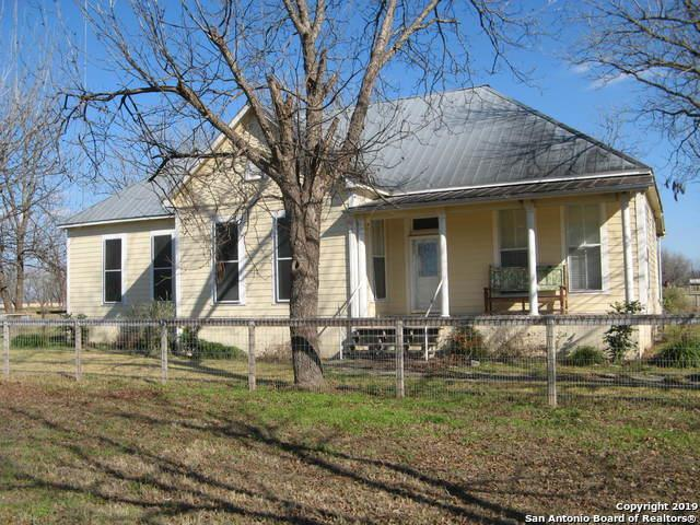 977 County Road 441, Hondo, TX 78861 (MLS #1385167) :: Glover Homes & Land Group