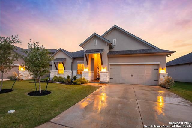 920 Carriage Loop, New Braunfels, TX 78132 (MLS #1385256) :: Reyes Signature Properties