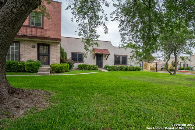 6803 Crown Ridge, San Antonio, TX 78239 (MLS #1385257) :: The Mullen Group   RE/MAX Access