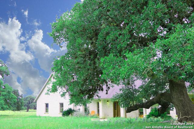 1675 Elm Pass Rd, Bandera, TX 78003 (MLS #1385276) :: The Mullen Group | RE/MAX Access