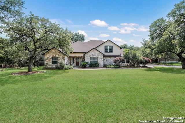 352 Bentwood Dr, Spring Branch, TX 78070 (MLS #1385330) :: Erin Caraway Group