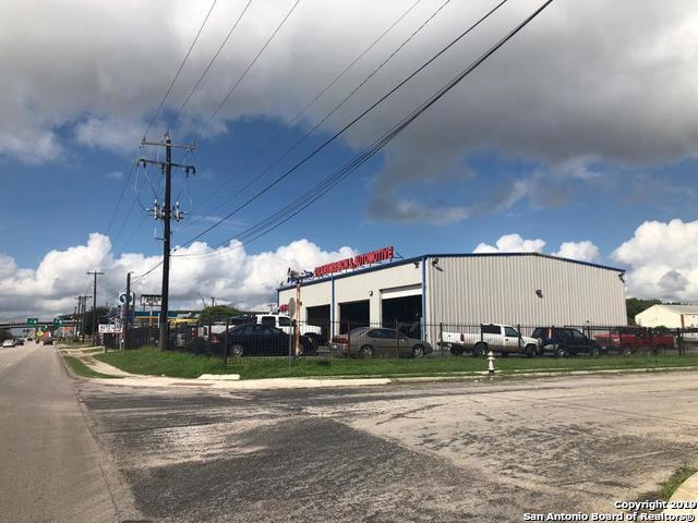 7747 W Us Highway 90, San Antonio, TX 78227 (MLS #1385480) :: Tom White Group