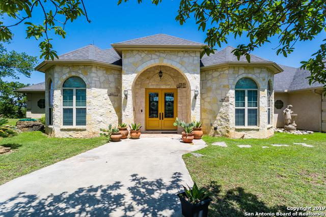 745 County Road 360, Utopia, TX 78884 (MLS #1385482) :: NewHomePrograms.com LLC