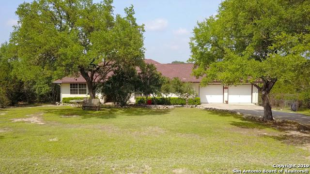 1465 Carson Creek, Canyon Lake, TX 78133 (MLS #1385631) :: Alexis Weigand Real Estate Group