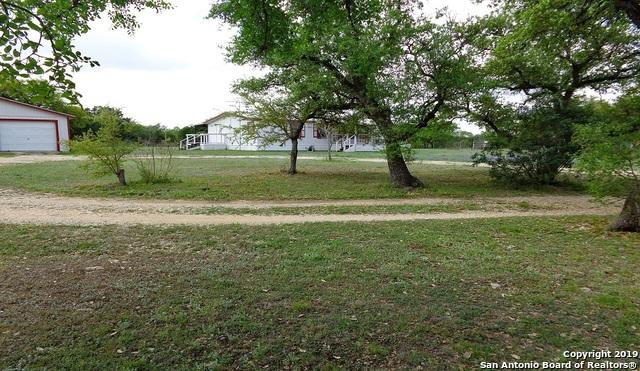 233 County Road 340, Hondo, TX 78861 (MLS #1385645) :: Glover Homes & Land Group