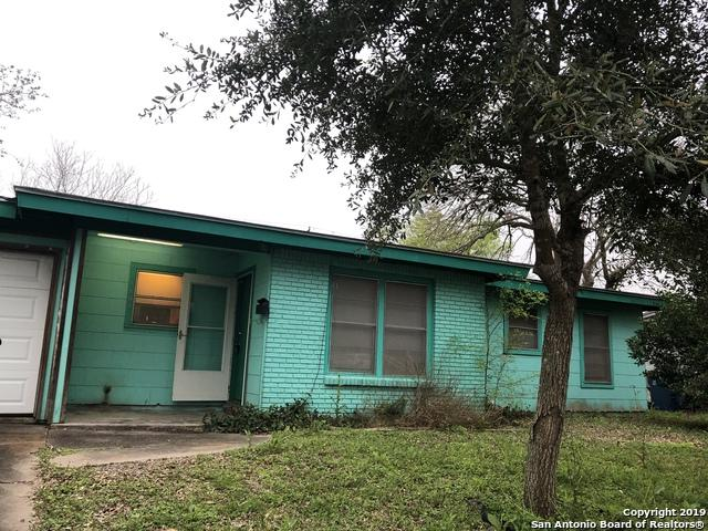 1808 Leon Dr, Port LaVaca, TX 77979 (MLS #1385656) :: Tom White Group