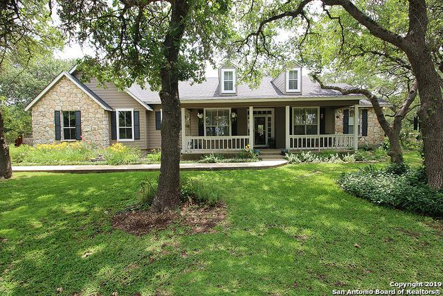 8018 Gainsborough Dr, Spring Branch, TX 78070 (MLS #1385748) :: Glover Homes & Land Group