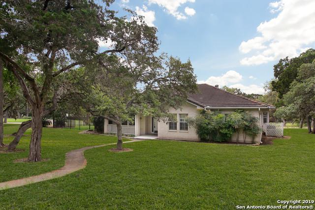 21409 Forest Waters Cir, Garden Ridge, TX 78266 (MLS #1385808) :: Tom White Group