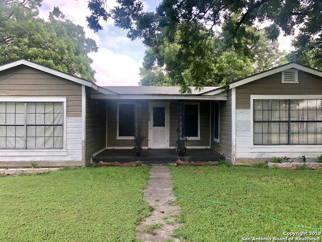 735 Cresthill Rd, San Antonio, TX 78220 (MLS #1385881) :: Alexis Weigand Real Estate Group