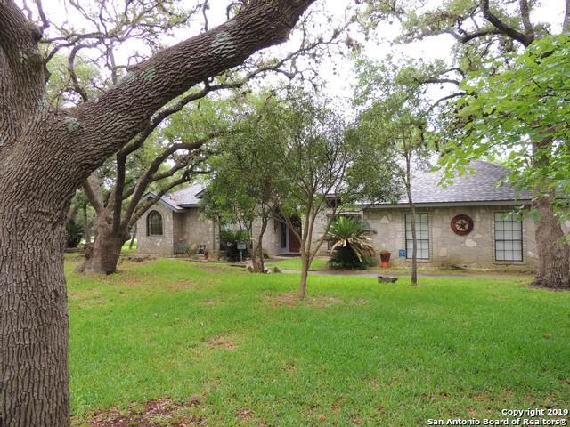 27027 Boerne Forest, Boerne, TX 78006 (MLS #1386224) :: River City Group