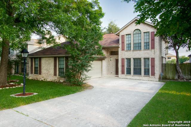 6422 Lochglen, San Antonio, TX 78240 (MLS #1386253) :: River City Group